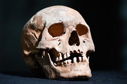 Семья расчищала дом после смерти отца и нашла человеческий скелет