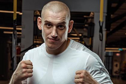 Российский боец UFC получил срок за похищение человека