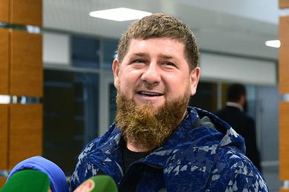 Кадыров упрекнул Нурмагомедова в выступлении без флага России