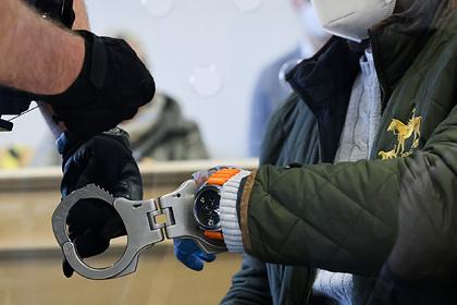 Владельца девяти порносайтов арестовали за публикацию откровенных фотографий