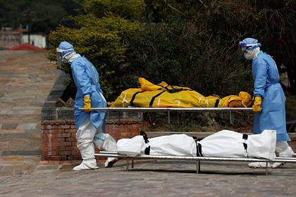 Миру предрекли еще больше смертей из-за коронавируса