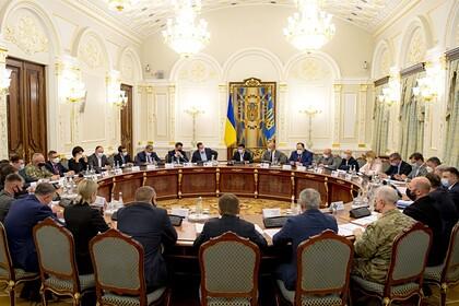 Украина продлила санкции против российских граждан и компаний