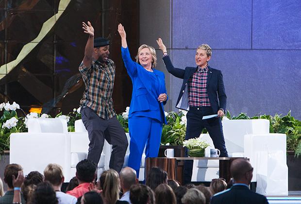 "USA — ""Ellen Degeneres Show Season 13"" In New York DJ tWitch, Hillary Rodham Clinton and Ellen Degeneres attend the ""Ellen Degeneres Show Season 13"" at Rockfeller Center in New York City."