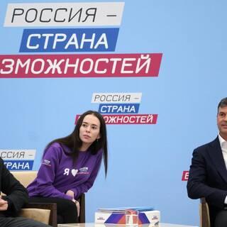 Максим Древаль (слева)