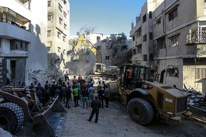 ХАМАС запустило десятки ракет в направлении Тель-Авива