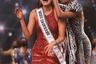 Победительница конкурса подпишет контракт с организаторами и в течение следующего года будет участвовать в различных мероприятиях, которые проводит или поддерживает Miss Universe Organization. Все это время она будет получать денежное пособие, а также косметику, одежду и обувь. Кроме того, новая «Мисс Вселенная» сможет поучиться в Нью-йоркской киноакадемии и бесплатно подготовить модельное портфолио.