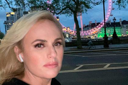 Сбросившая 30 килограммов актриса показала фигуру после похудения