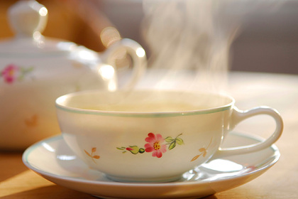 Врач предупредила о вреде горячего чая