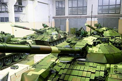 В Донбассе обнаружили странные разобранные украинские танки