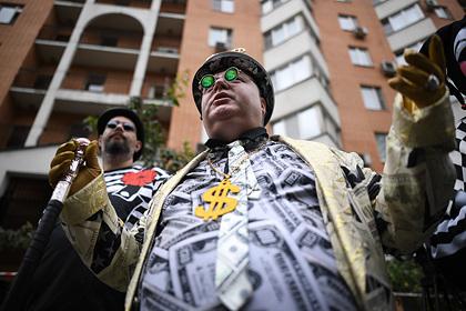 Подсчитано число банковских клиентов-миллионеров в России