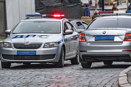 В Москве 17-летний водитель без прав сбил четырех человек на тротуаре