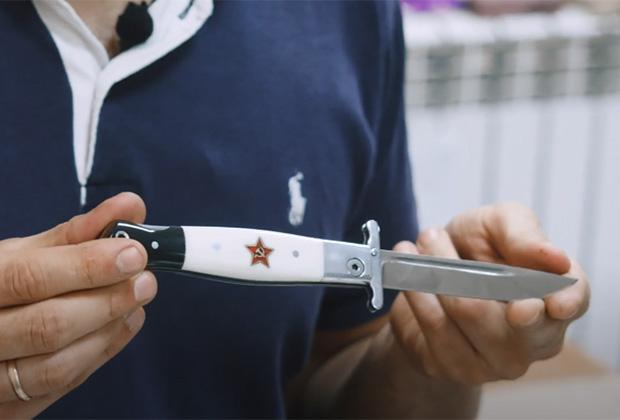Одна из модификаций ножа НКВД — складная финка