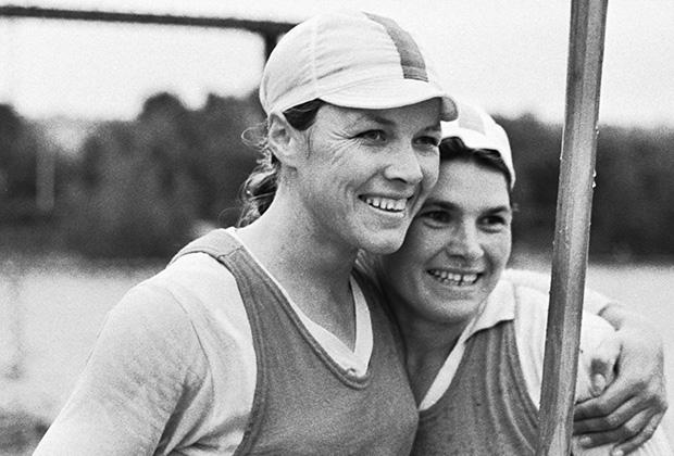 Победительницы Спартакиады 1971 года Юлия Рябчинская и Екатерина Курышко (Украинская ССР)