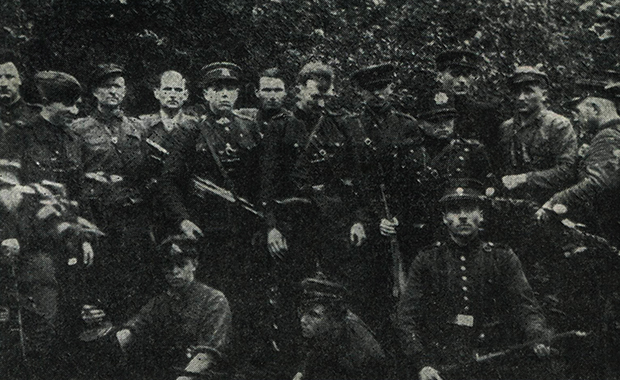 Отряд «лесных братьев» летом 1946 года неподалеку от Каунаса