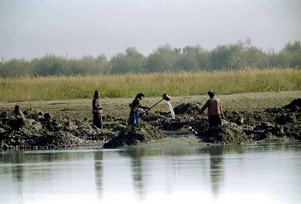 Таджикистан выдал частным старателям 4,2 тысячи лицензий на добычу золота