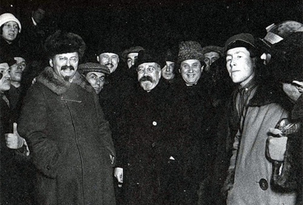 Лев Троцкий, Лев Каменев и Григорий Зиновьев. Середина 1920-х годов