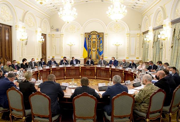 Заседание СНБО во главе с Владимиром Зеленским