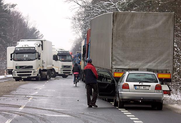 Пропускной пункт на границе Белоруссии с Польшей