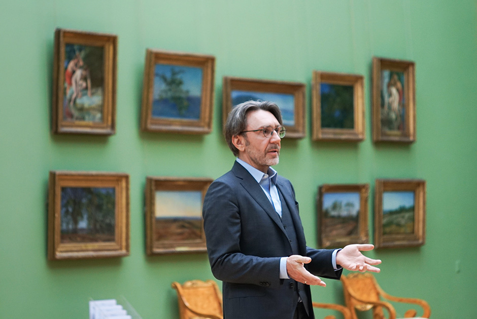 Сергей Шнуров во время записи онлайн-экскурсии «Третьяковка со Шнуром»