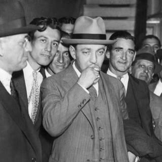 Голландец Шульц перед судом, 1935 год