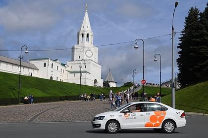 Власти задумались об ограничении работы зарубежных сервисов такси в России