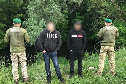 Двое россиян ради отдыха в Одессе переплыли пограничную с Украиной реку