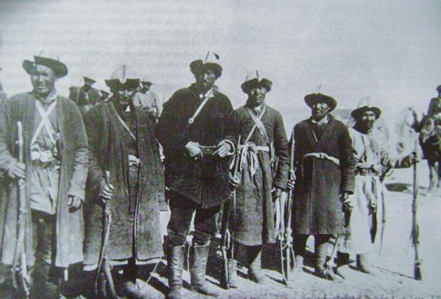 Один из казахских отрядов басмачей, 1920-е годы
