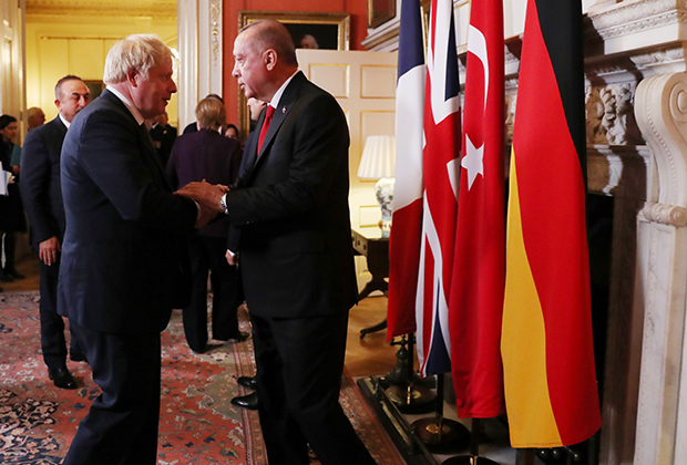 Президент Турции Реджеп Тайип Эрдоган и Борис Джонсон на саммите по Сирии, 3 декабря 2019 года
