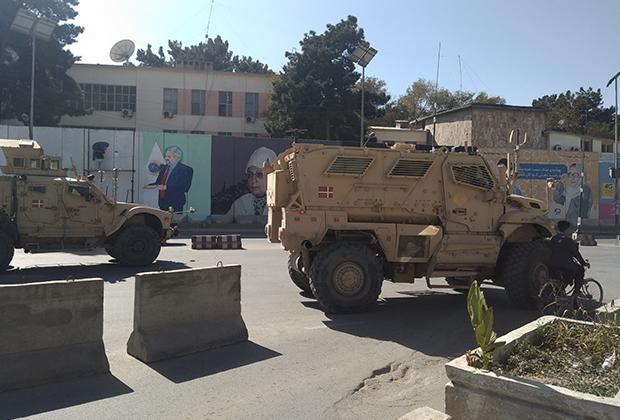 Броневики датского контингента НАТО в Афганистане