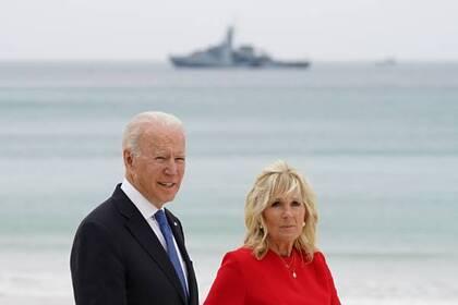 Президент США Джо Байден и его супруга Джилл во время саммита