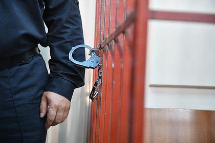 Российского прокурора осудили за аферу со служебной квартирой