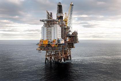 Добыча нефти в Арктике оказалась под угрозой