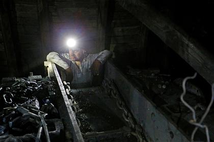 Украинские шахтеры объявили бессрочный протест из-за долгов по зарплате