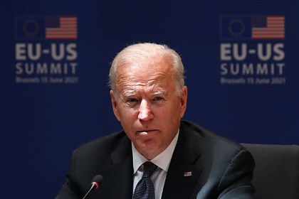 Байден приехал на первый с 2014-го саммит ЕС — США и поспорил с Трампом