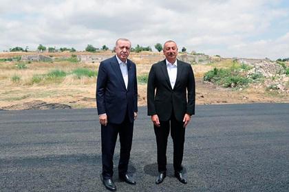 Турция и Азербайджан договорились о союзничестве и обороне