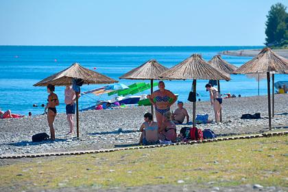 На курортах Абхазии усилят меры безопасности после нападения на туристов