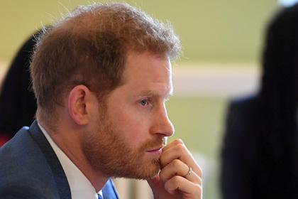 Принцу Гарри предрекли облысение и показали его в 50 лет на фото
