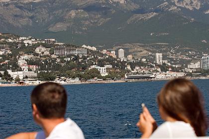 В Крыму предложили ужесточить ограничения из-за коронавируса