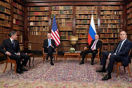 Переговоры Путина и Байдена в узком составе закончились