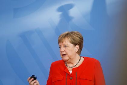 Меркель призвала Евросоюз поддерживать диалог с Россией по примеру Байдена