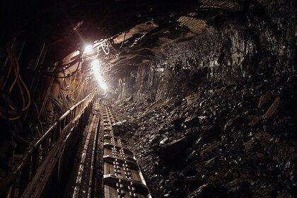 Горняк погиб во время обрушения шахты в Кемеровской области