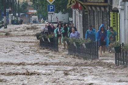 Жителей Крыма предупредили о сильных дождях