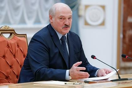 Лукашенко заявил о создании в Белоруссии вакцины против будущего штамма COVID-19
