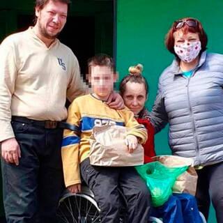 У российской семьи забрали ребенка-инвалида из-за грязи в квартире:  Общество: Россия: Lenta.ru
