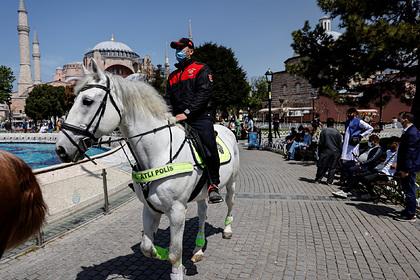 Эрдоган отменит комендантский час в Турции