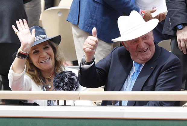 Бывший король Испании Хуан Карлос и принцесса Елена на Открытом чемпионате Франции по теннису, 2019 год