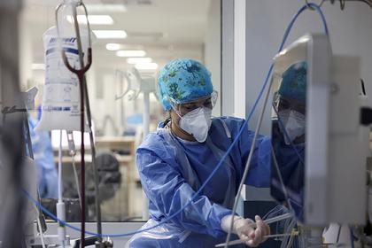 Эпидемиолог назвала возможных жертв четвертой волны пандемии