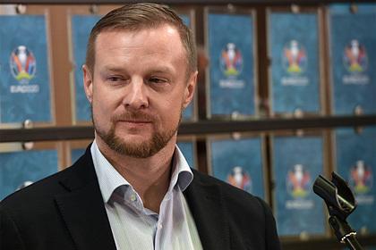 Малафеев оценил игру пропустившего четыре мяча отДании вратаря сборной России