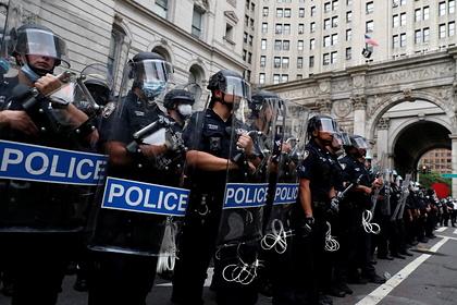 В США более 400 тысяч человек попали в скорую из-за действий полиции