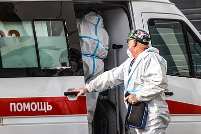 Власти Москвы раскрыли условия отстранения от работы непривитых сотрудников